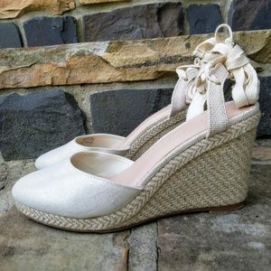 Kelly & Katie Lace Up Wedges Size 10